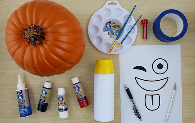 Emoji Pumpkins Fall Project Ideas Diy Pumpkin Decor